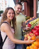 La répartition des tâches ménagères : un indicateur du bonheur dans le couple ?